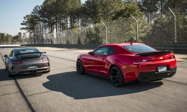 2014-Chevrolet-Z-28-Porsche-911-GT3-exterior.jpg&MaxW=630