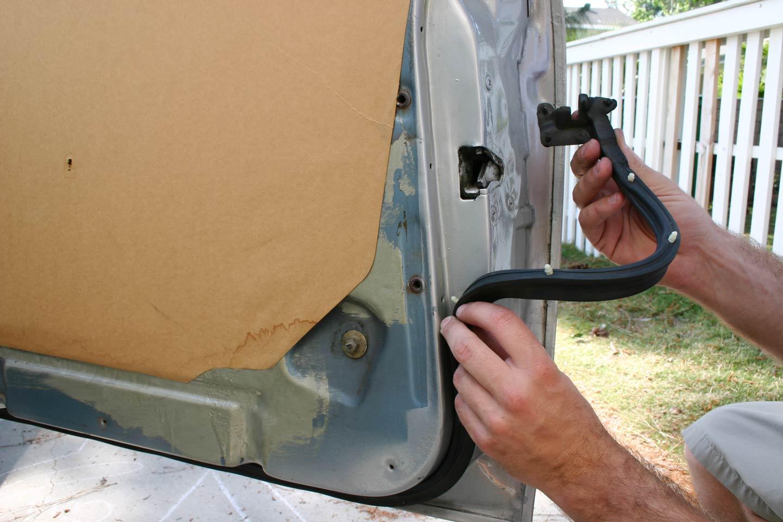 Best Way To Glue Car Window Seal