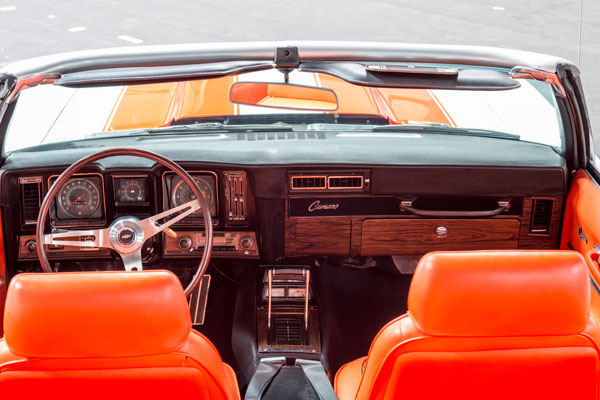 1969-Camaro-Pace-Car-interior